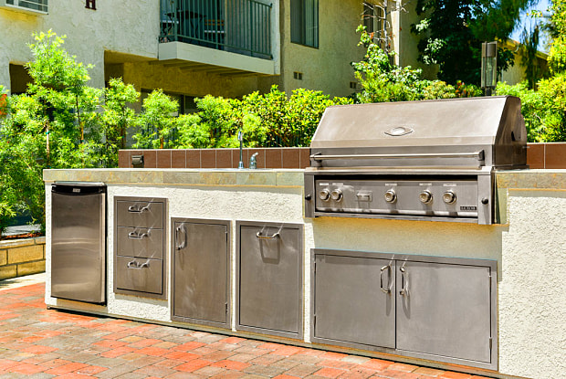 Village Pointe - 17171 Roscoe Blvd, Los Angeles, CA 91325
