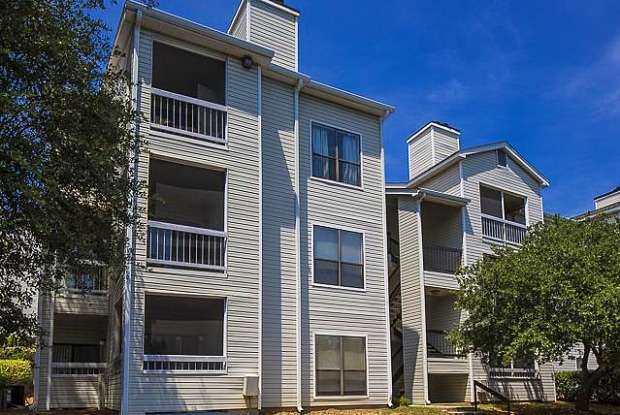 Landmark at Pine Court Apartment Homes - 3900 Bentley Dr, Columbia, SC 29210
