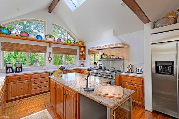 3721 Skyline Forest Delight - 9 Victoria Vale, Monterey, CA 93940