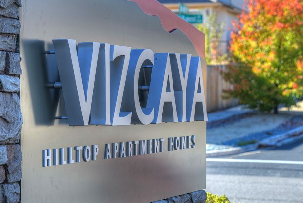 Vizcaya Hilltop Apartments - 1350 Grand Summit Dr, Reno, NV 89523