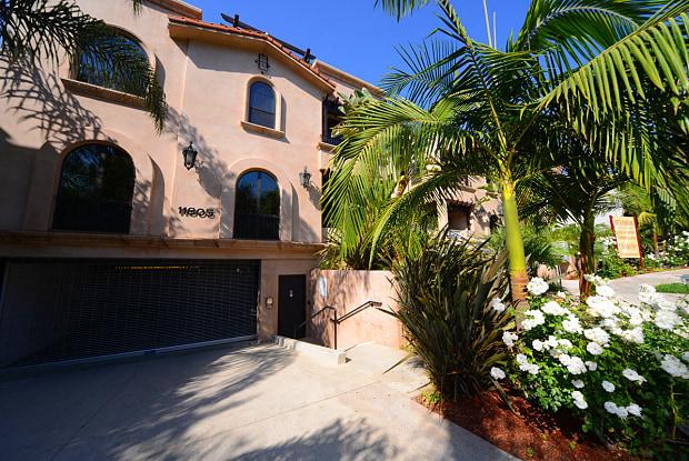 Vista Paradiso - 11805 Laurelwood Dr, Los Angeles, CA 91604