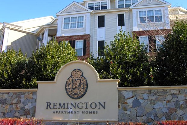 Remington at DTC - 21000 Stanford Sq, Dulles Town Center, VA 20166