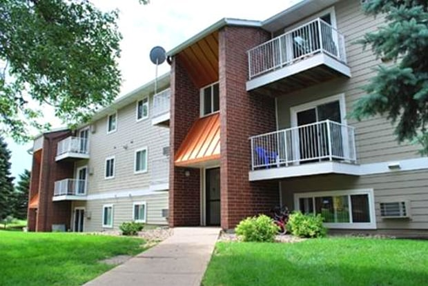 Springbrook Estates North - 807 N Cleveland Ave, Sioux Falls, SD 57103