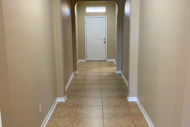 903 Arbor Pointe - 903 Arbor Pointe Avenue, Minneola, FL 34715
