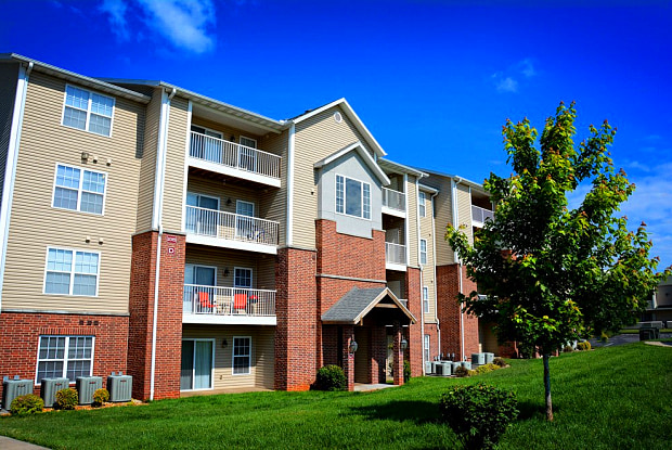 Coryell Crossing - 2015 W University St, Springfield, MO 65807