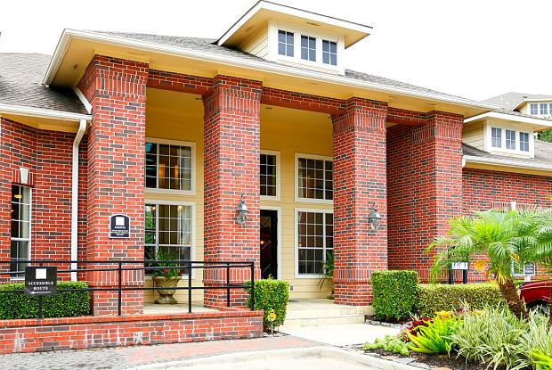 Lakeside - 9550 Meyer Forest Dr, Houston, TX 77096