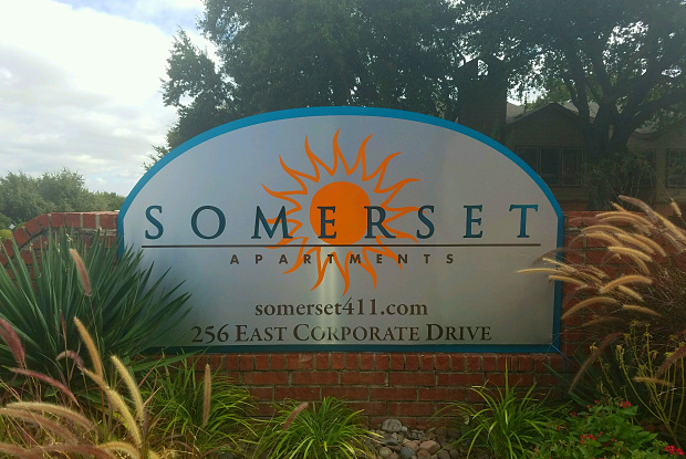 Somerset - 256 E Corporate Dr, Lewisville, TX 75067