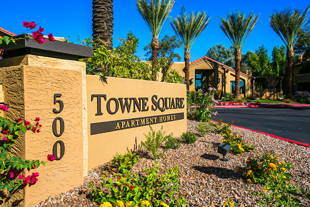 Towne Square Apartment Homes - 500 N Metro Blvd, Chandler, AZ 85226