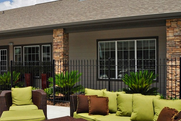 Waterford At Summer Park Apartments For Rent