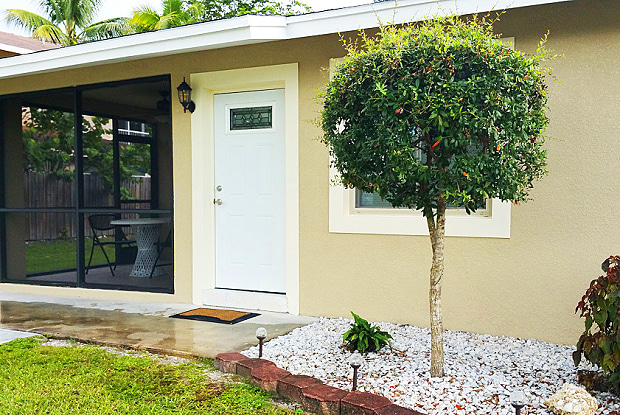 514 109th Ave N Unit B - 514 109th Avenue North, Naples Park, FL 34108