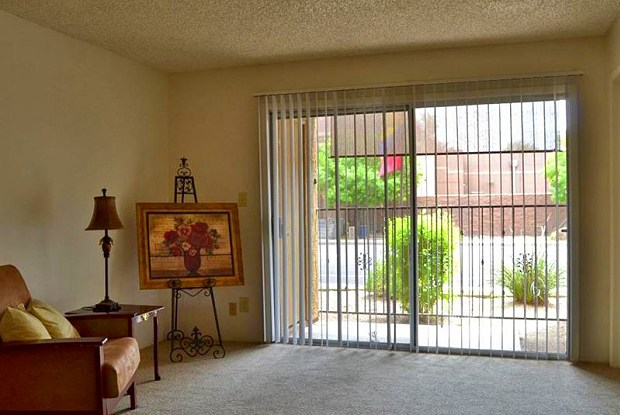 Villages at Metro Center - 9652 N 31st Ave, Phoenix, AZ 85051