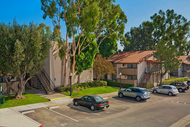 North Upland Terrace Apartments - 1460 W Foothill Blvd, Upland, CA 91786