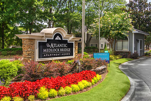 The Atlantic Medlock Bridge - 2200 Montrose Pky, Peachtree Corners, GA 30092