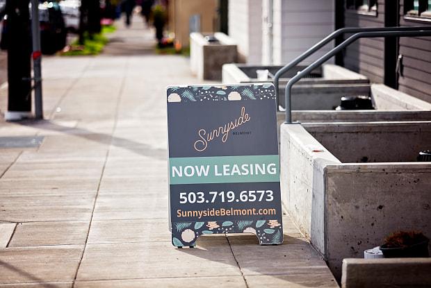 Sunnyside - 4405 Southeast Belmont Street, Portland, OR 97215