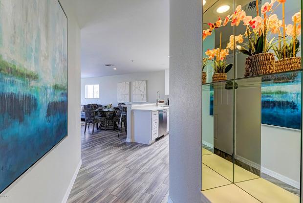 10080 E MOUNTAINVIEW LAKE Drive - 10080 East Mountainview Lake Drive, Scottsdale, AZ 85258