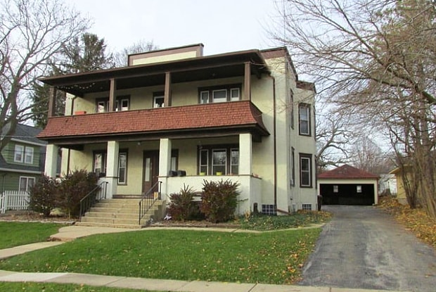 217 GROVE Street - 217 Grove St, Woodstock, IL 60098