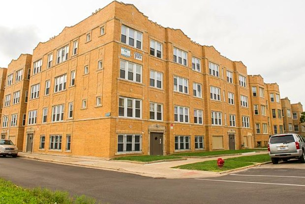 1860 S Komensky Ave - 1860 S Komensky Ave, Chicago, IL 60623