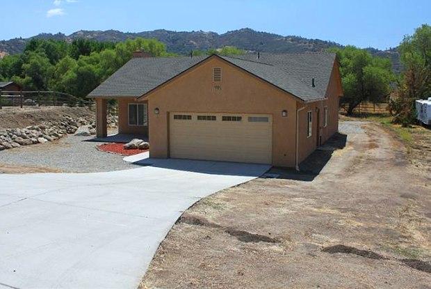 30130 Brassie Court - 30130 Brassie Court, Bear Valley Springs, CA 93561