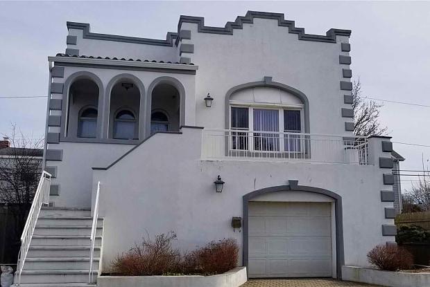 62 Clark St - 62 Clark Street, Long Beach, NY 11561