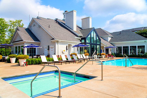 The Residences at Stevens Pond - 1 Founders Way, Saugus, MA 01906