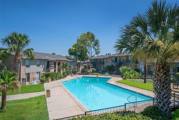 The Sofia Apartments - 6900 N Vandiver Rd, San Antonio, TX 78209