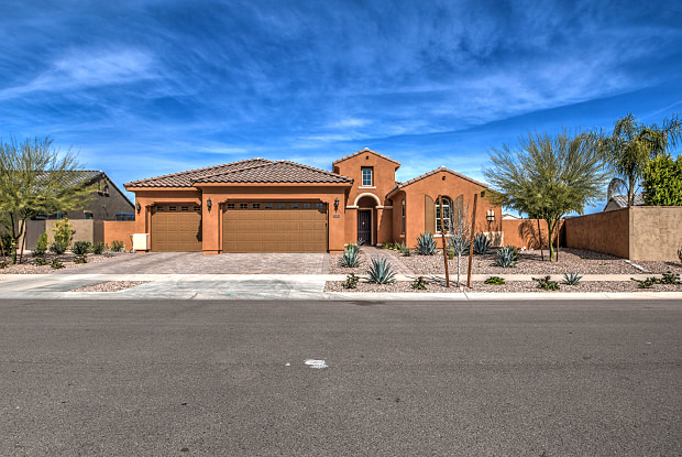 10636 E Lumiere Ave - 10636 East Lumiere Avenue, Mesa, AZ 85212