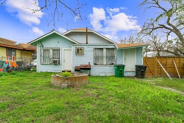 2510 East Houston Street - 2510 East Houston Street, San Antonio, TX 78202