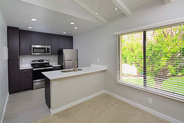 The Vineyards - 5601 E Orangethorpe Ave, Anaheim, CA 92807
