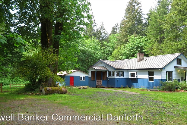 15606 14th Ave NW - 15606 14th Avenue Northwest, Maplewood, WA 98332