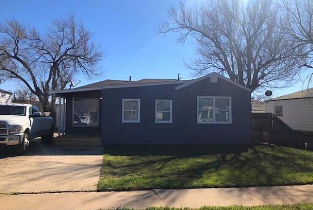 1308 JOHNSON ST - 1308 North Johnson Street, Amarillo, TX 79107