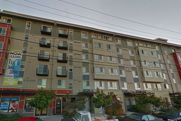 Tressa Apartments - 14200 Linden Ave N, Seattle, WA 98133