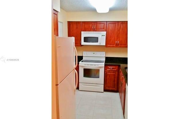 1231 SW 46th AV Unit 516 - 1231 SW 46th Ave, Pompano Beach, FL 33069