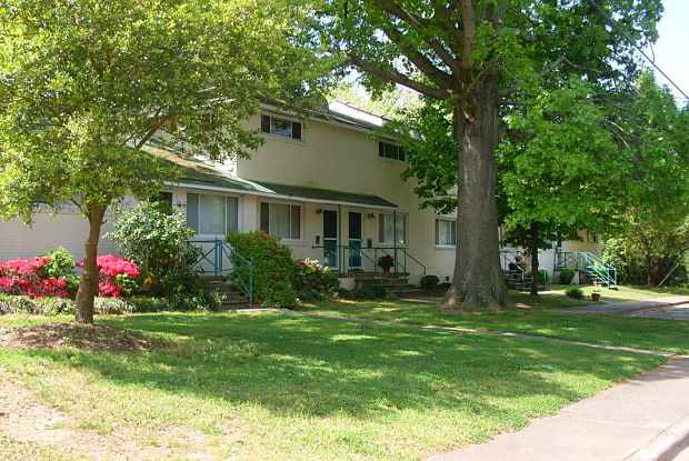 Cameron Hills - 1/2 Grant Ave, Raleigh, NC 27608