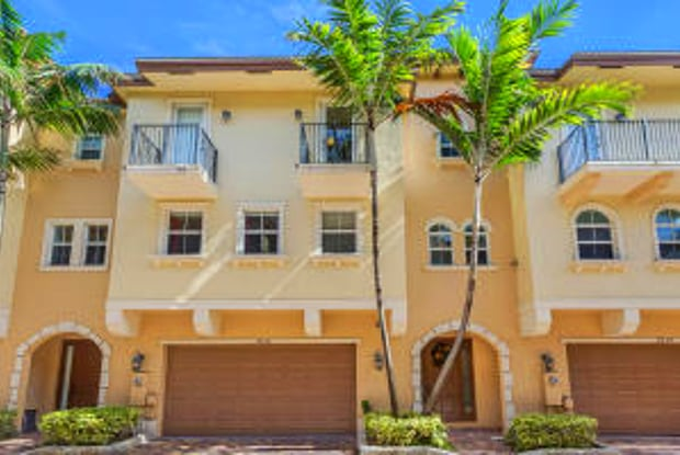 3246 NE 13 Street - 3246 NE 13th St, Pompano Beach, FL 33062