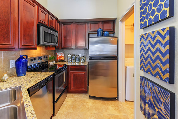 Lakeside at Coppell - 620 N Coppell Rd, Coppell, TX 75019