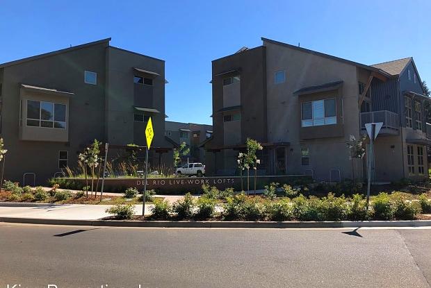2746 5th Street, Unit B - 2746 5th St, Davis, CA 95618