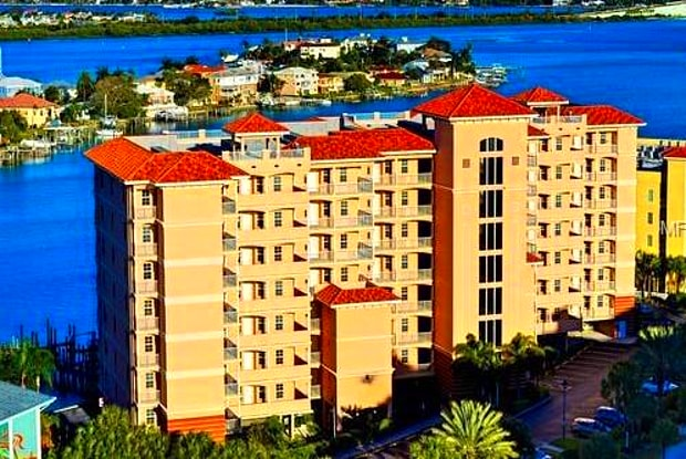 530 S GULFVIEW BOULEVARD S - 530 South Gulfview Boulevard, Clearwater, FL 33767