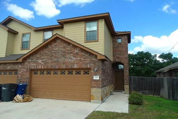 308 ROSALIE DR - 308 Rosalie Drive, New Braunfels, TX 78130