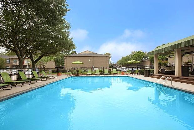 Westchase Grand - 10881 Richmond Ave, Houston, TX 77042
