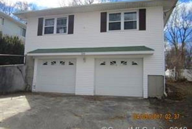 108 Cushman Street - 108 Cushman Street, Waterbury, CT 06704