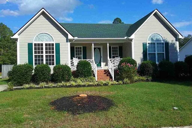 801 S Phillips Pointe Drive - 801 S Phillips Pointe Dr, Fuquay-Varina, NC 27526