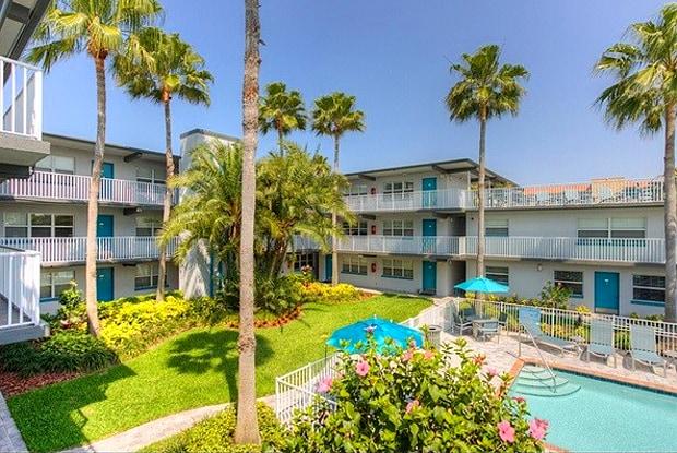 Seaside Villas - 3205 58th St S, Gulfport, FL 33707
