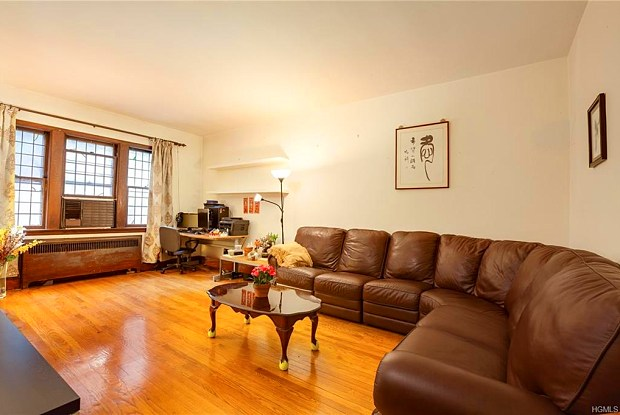 3438 Giles Place - 3438 Giles Place, Bronx, NY 10463