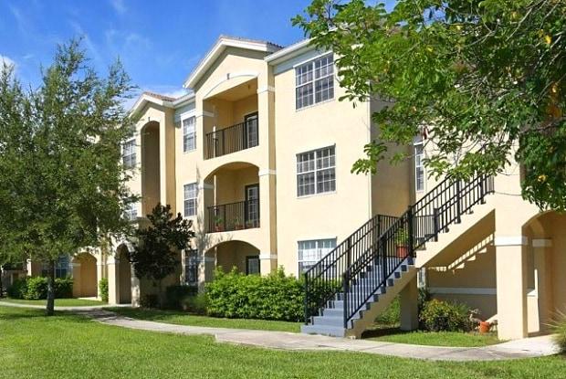 Cypress Legends - 3247 Forum Blvd, Fort Myers, FL 33905