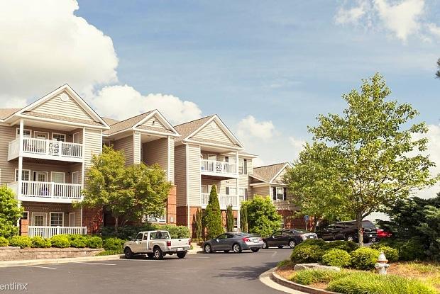 Walton Vinings - 4949 Oakdale Rd SE, Atlanta, GA 30080