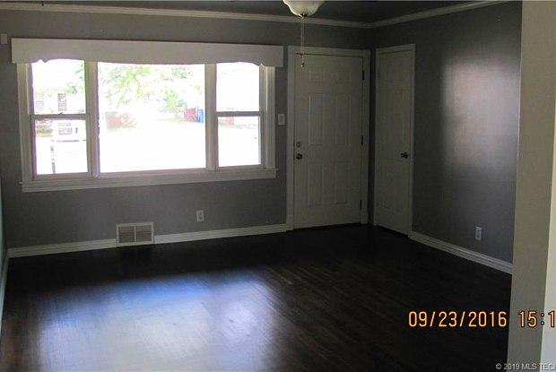 1814 S Irvington Avenue - 1814 South Irvington Avenue, Tulsa, OK 74112