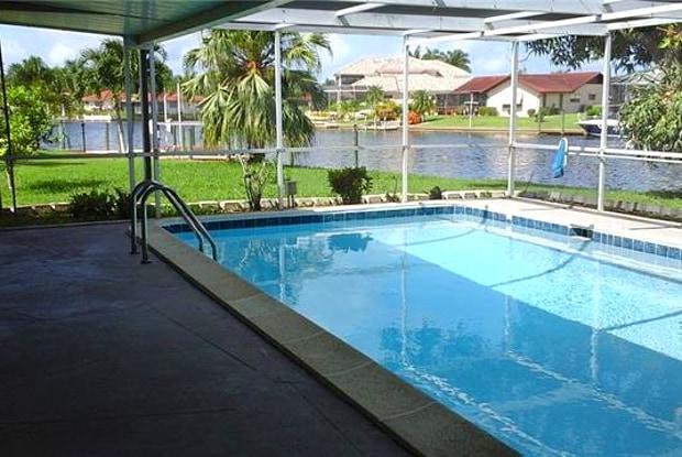 201 Santa Monica CT - 201 Santa Monica Court, Cape Coral, FL 33904