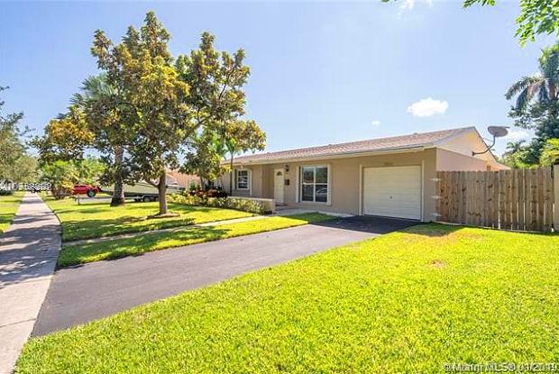 9312 SW 182nd St - 9312 Southwest 182nd Street, Palmetto Bay, FL 33157