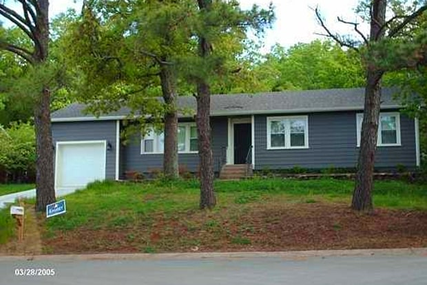 834 N Fritz DR - 834 North Fritz Drive, Fayetteville, AR 72701