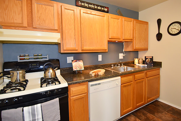 Henson Creek Apartments - 3466 Brinkley Rd, Temple Hills, MD 20748